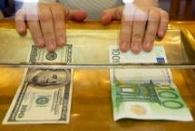 Gün geçmiyor ki yeni haber çıksın Dolar/Euro zirve yarışında